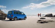 Der neue VW Multivan Freestyle am Strand