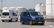 Volkswagen Transporter auch mit Hochdach.