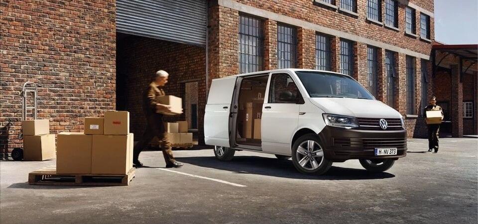 Angebot Volkswagen Transporter Kastenwagen in Weiss