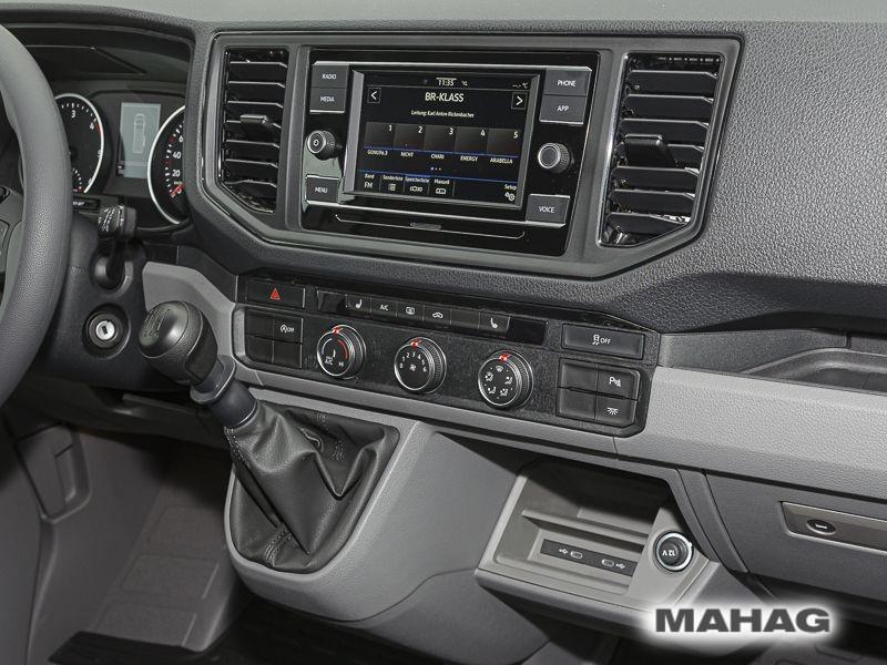 Volkswagen Crafter 35 Kombi 9 Sitzer Hochdach Cockpit