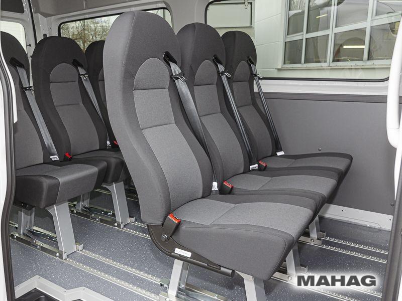 Volkswagen Crafter 35 Kombi 9 Sitzer Hochdach Sonderanfertigung Sitzreihe