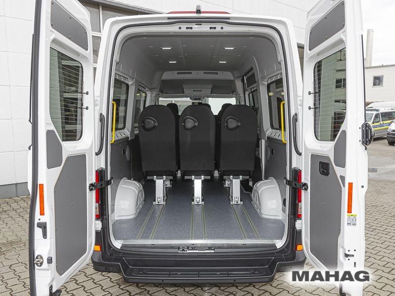 VW Crafter 35 Kombi 9 Sitzer Ansicht Hinten