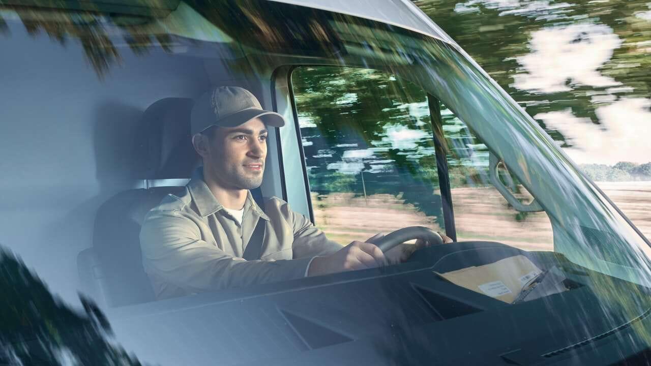 Volkswagen Crafter mit Berufsfahrer